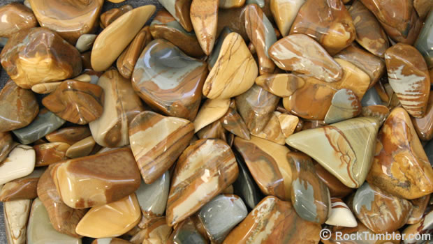 Polished picture jasper