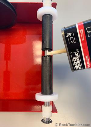 Oiling Thumler's nylon rollers