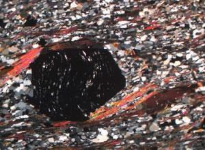 Microscopic view of garnet
