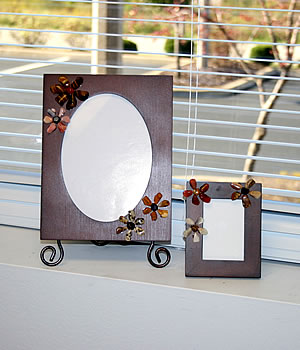 picture frames with tumbled stones